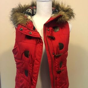 Small Red Vest